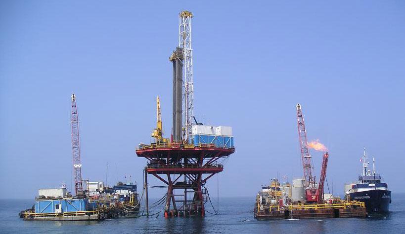Oil rig hook up